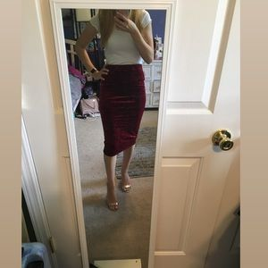 Dresses & Skirts - NWOT Velvet Pencil Skirt